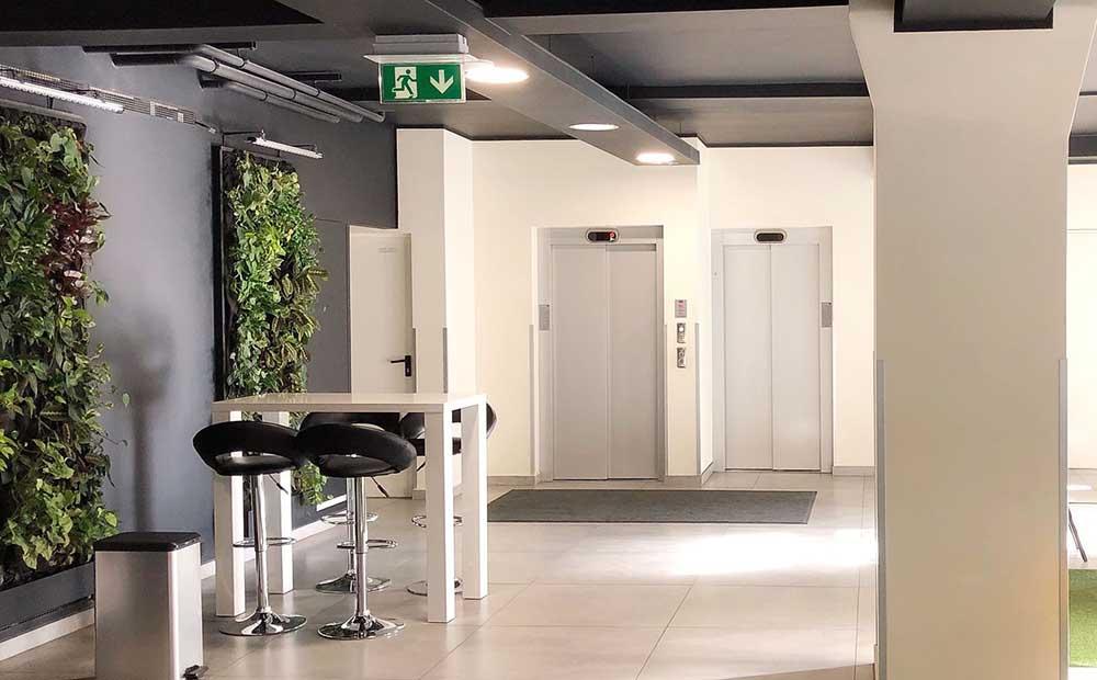 Medidas mínimas obligatorias ascensor