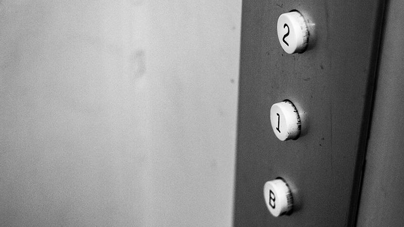 Donde instalar un ascensor si no hay hueco en la escalera
